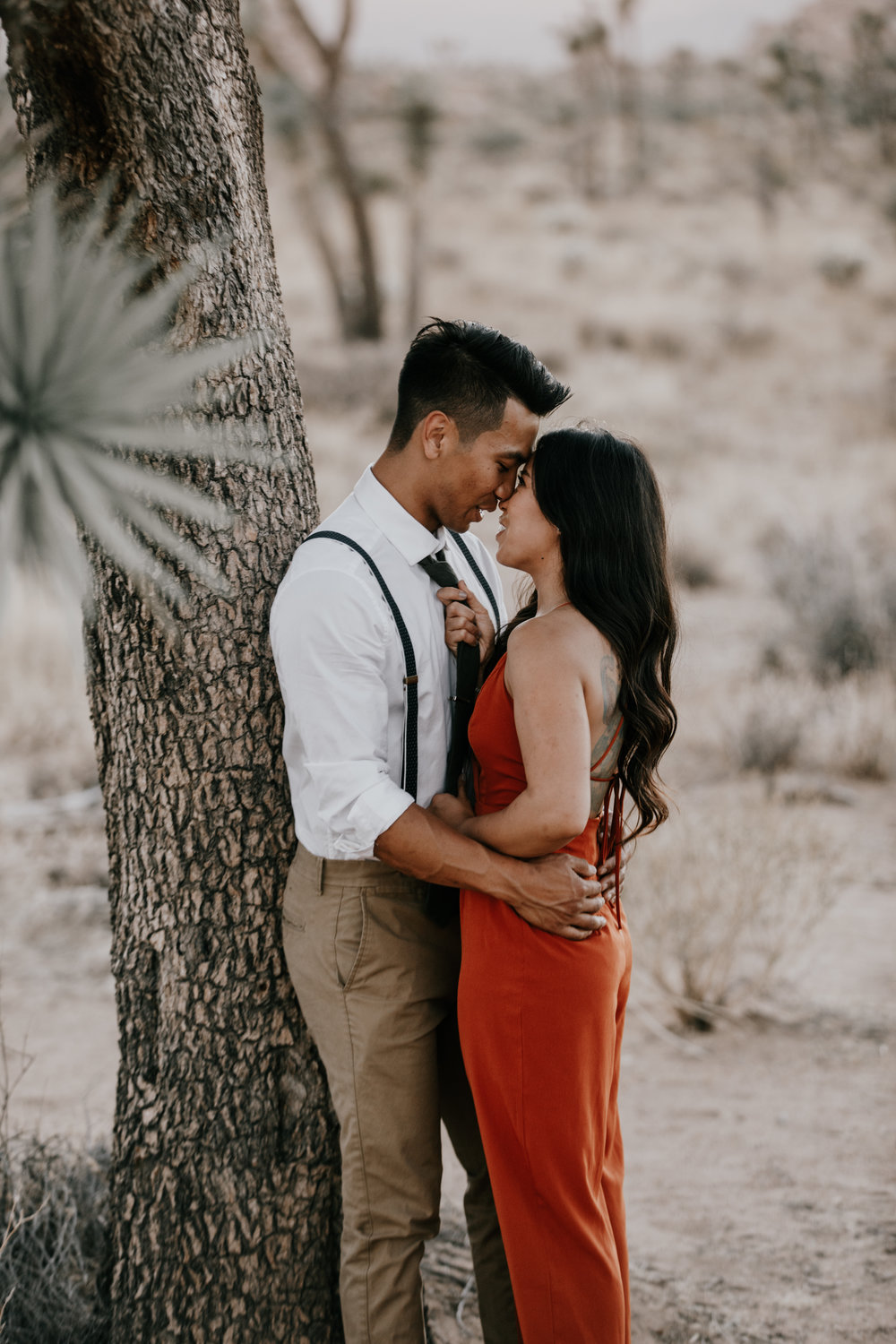 engagement shoot in the desert