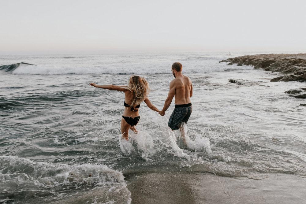 La_Jolla_beach_engagement_photographer.jpg
