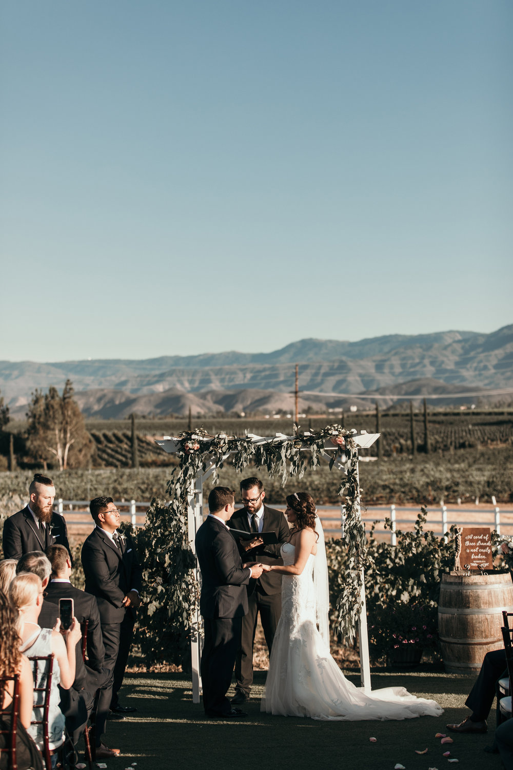 Wineryweddings.jpg