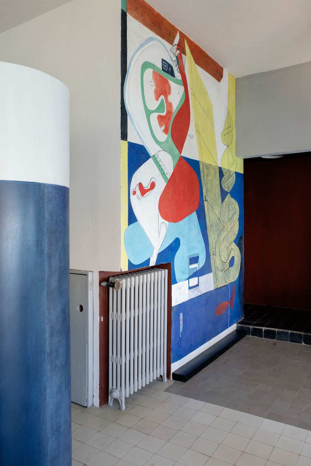 The Le Corbusier mural by the bar