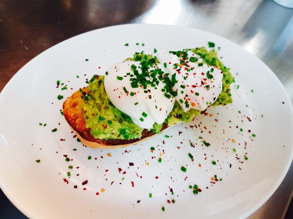 Huffkins Chilli Smashed Avocado & Eggs on Sourdough