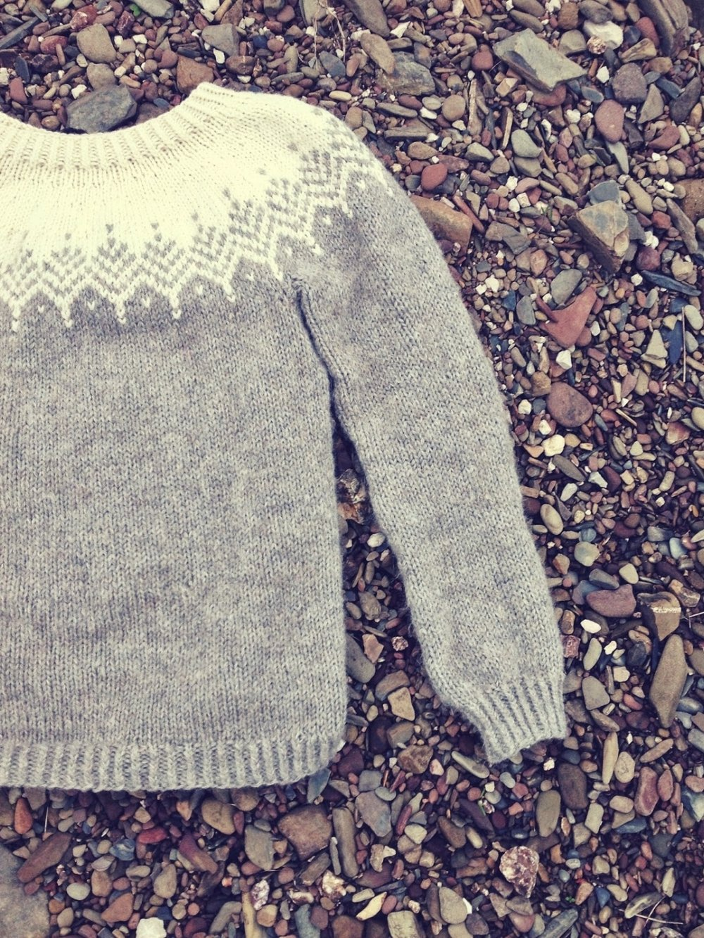 The Fluffy Feather sweater pattern