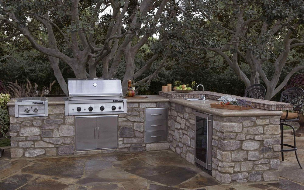 Eldorado Outdoor - Pre-scratch-coated light weight building blocks for outdoor kitchens fireplaces and accessories.