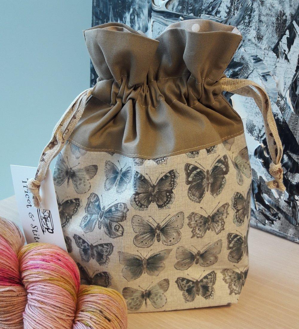 "Pochette bonbon Patron ""Lined Draw String Bag"" de Jeni Baker / In Color Orders"