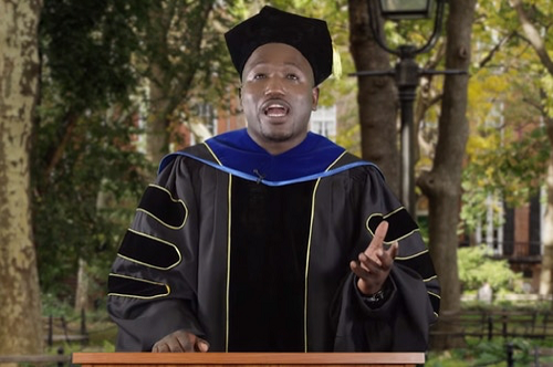 Hannibal Buress gives a joke commencement speech on The Late Show with Stephen Colbert.