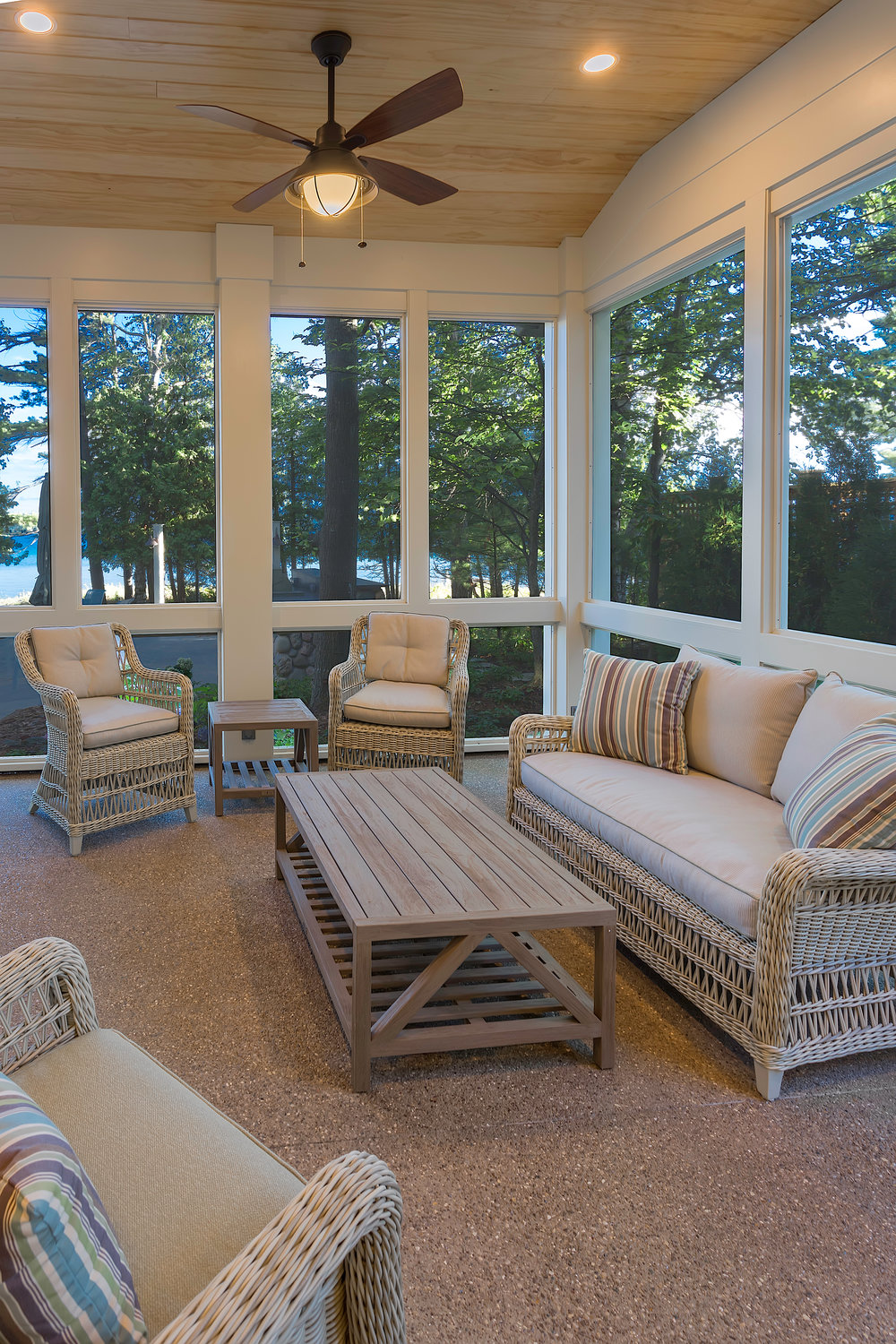 Porch / Glen Lake / Glen Arbor / Leelanau