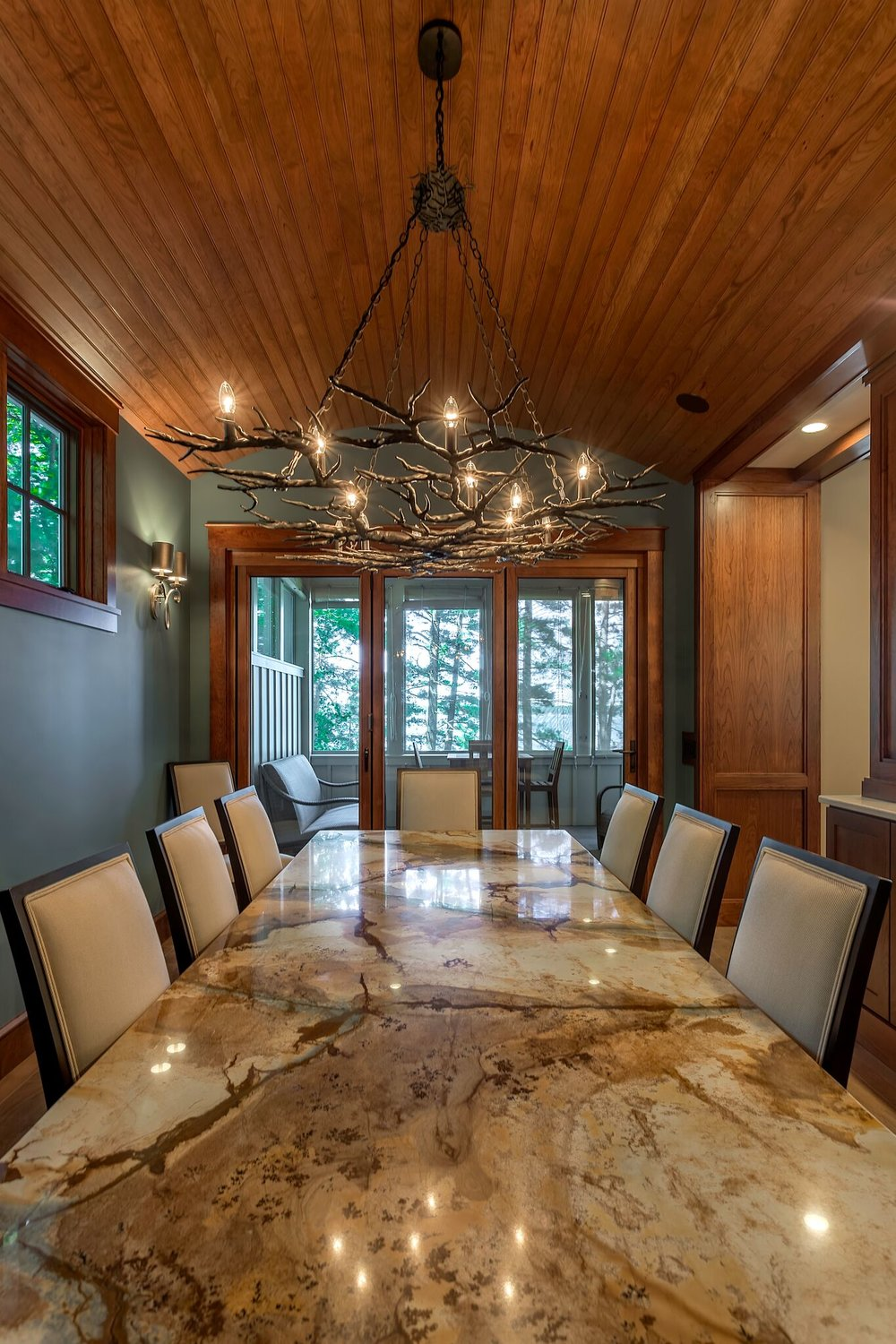 Dining Area / Traverse City / Grand Traverse County