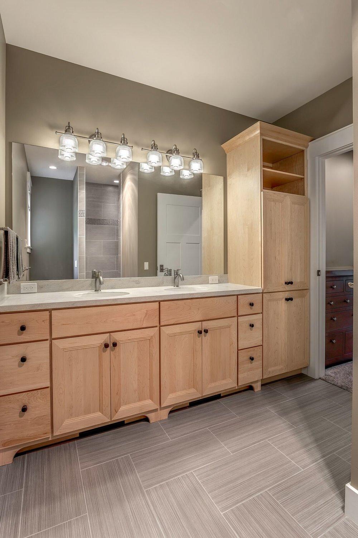 Dual Sink Bathroom / Elk Lake / Grand Traverse County