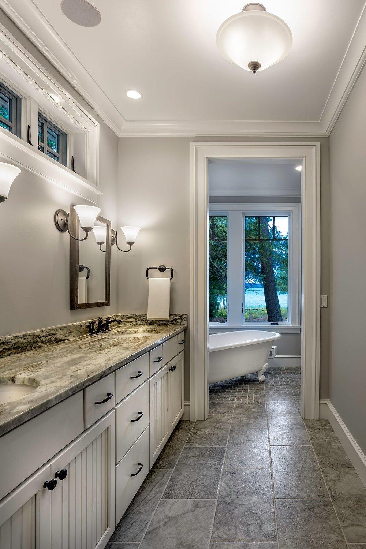 Dual Sink Bathroom /Glen Lake / Glen Arbor / Leelanau