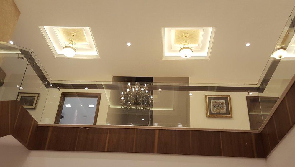 staircase ceiling2.jpg