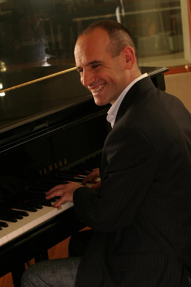 Mario-Rosini-pic-at-piano.jpg