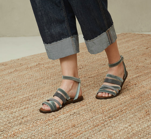 Brunello Sandals 3.png