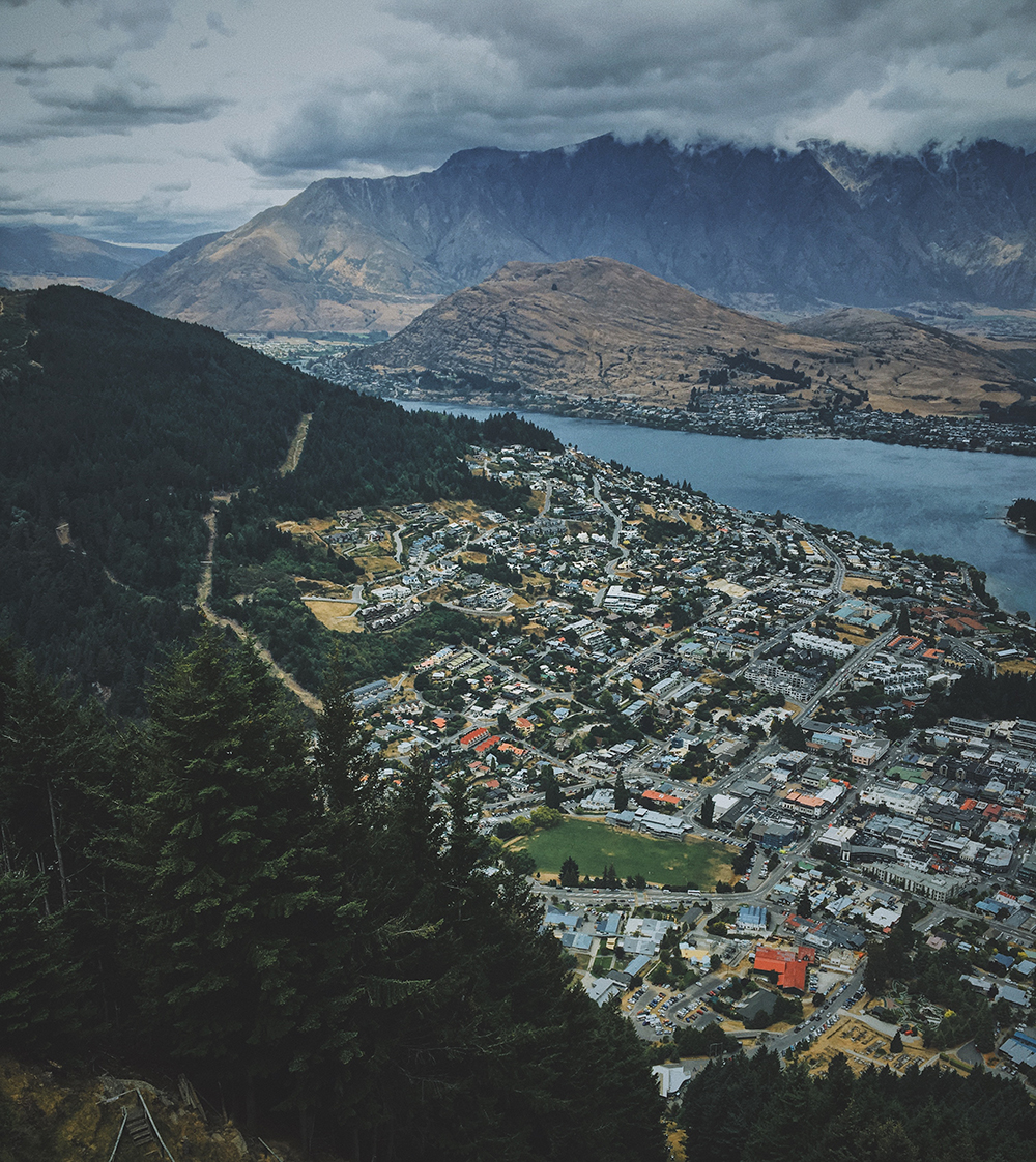 Queenstown_NZ_1000px.jpg