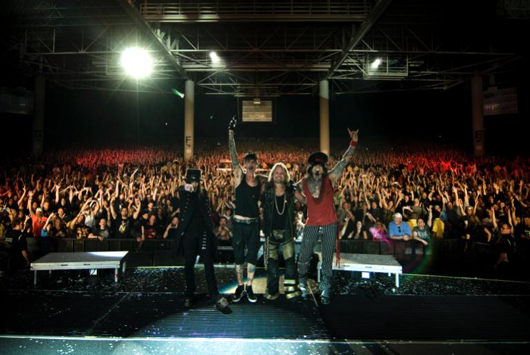 Final Tour photo #1
