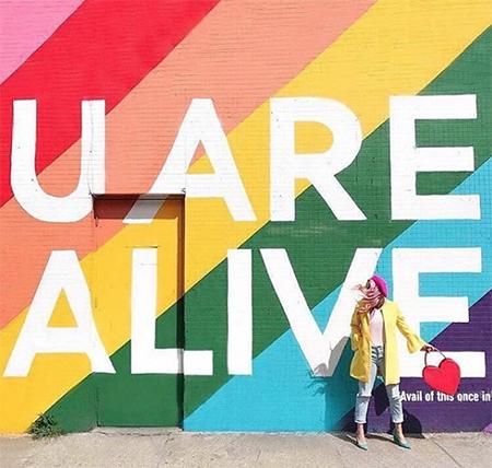 'U ARE ALIVE'- Dublin, Ireland, co. @hotpinkpineapples (2017)