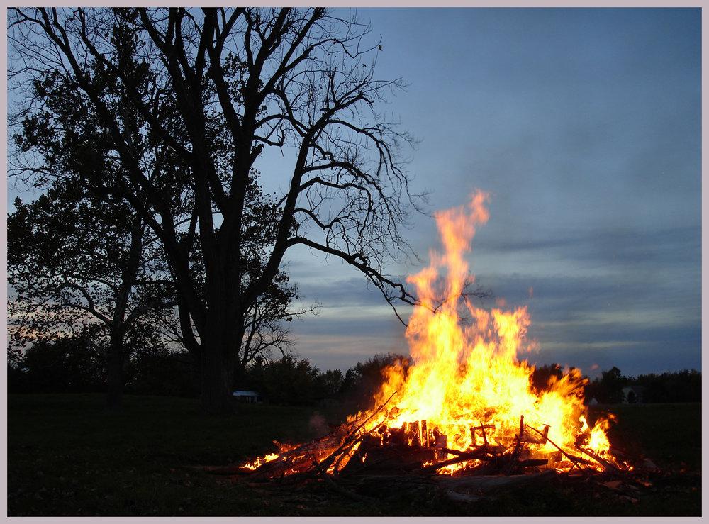 Bonfire! fall 06 (1)_edited-1.jpg