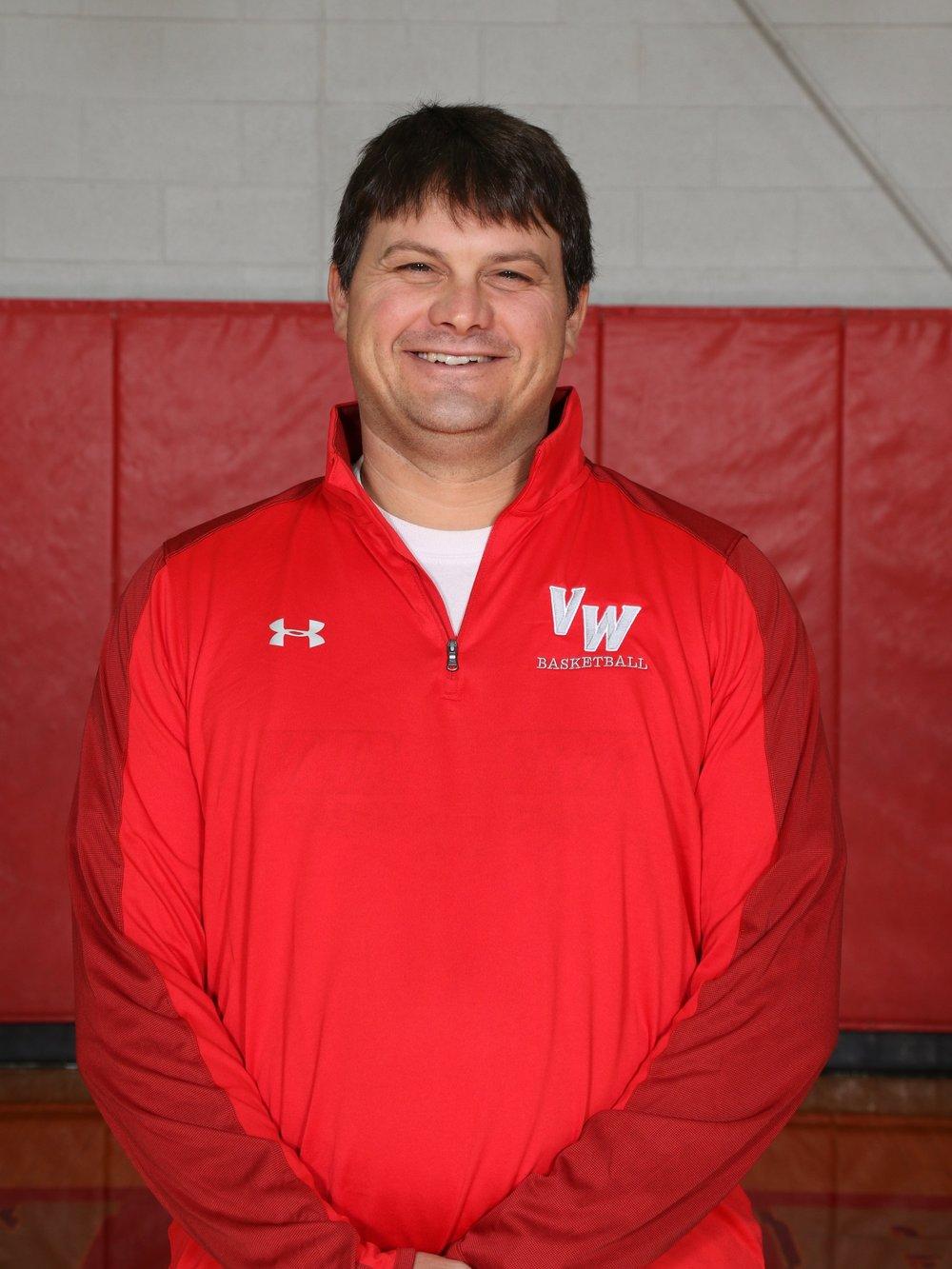 Coach Chris Covey