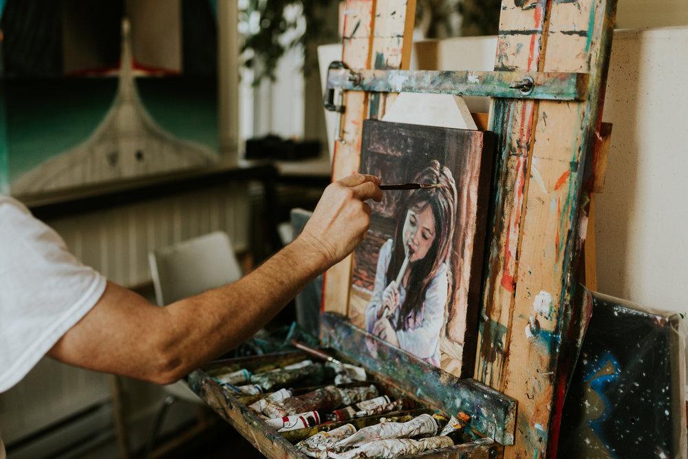 ARTISTS & VENDORS -