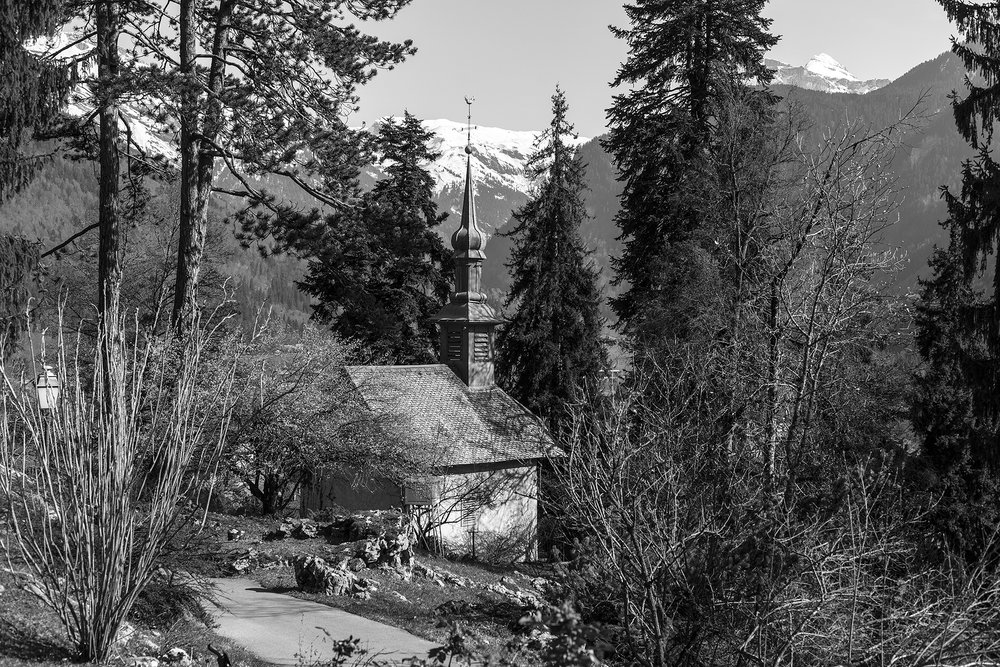 clocher-Samoens-avril-2013.jpg