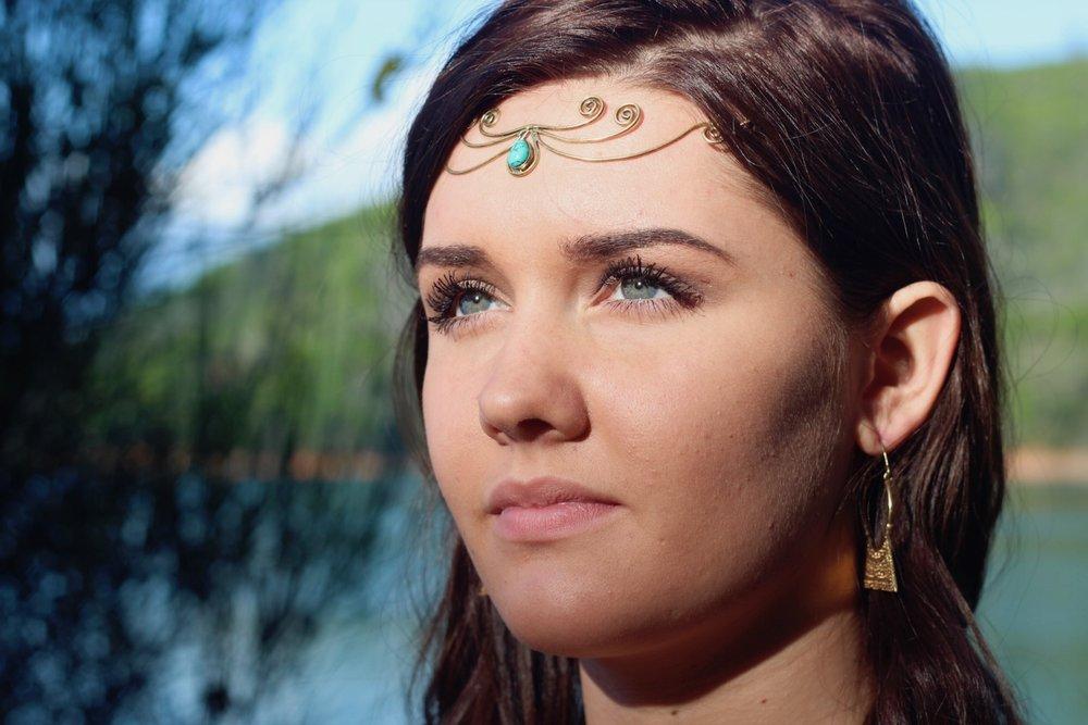 The-Meraki-Mint-Main-Page-Woman-Jewelry-Lake.JPG