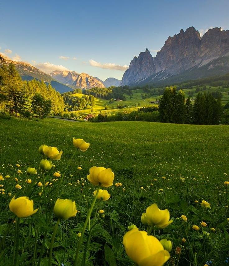 Dolomites.jpg