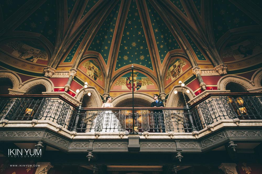London Wedding Photographer - St Pancras Renaissance Wedding
