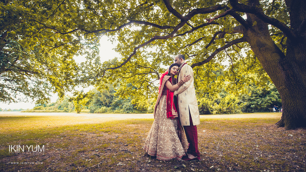 Marriott Hotel Wedding London - London Asian Wedding Photographer