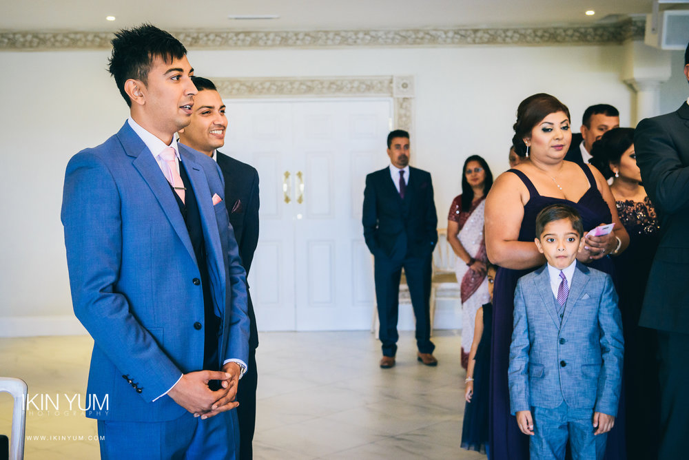 Froyle Park Indian Wedding - Ikin Yum Photography-046.jpg