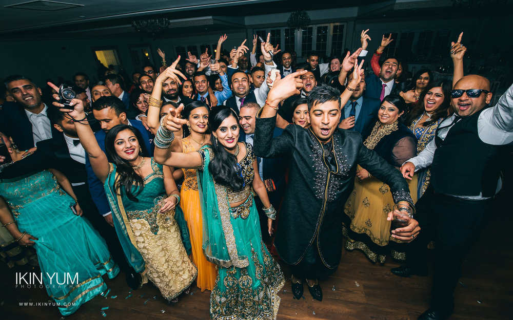 Froyle Park Indian Wedding - Ikin Yum Photography-168.jpg
