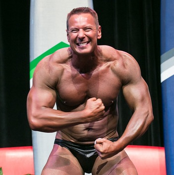 dennis zacek - body building