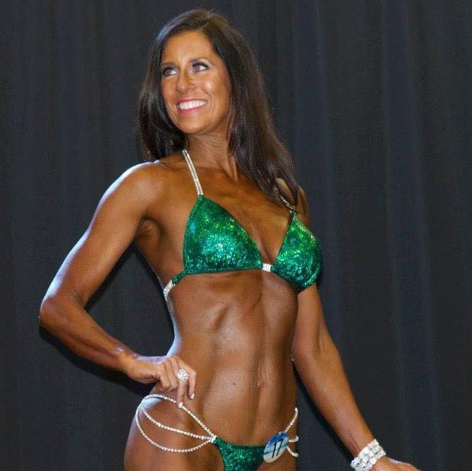 leigh peterson - masters bikini