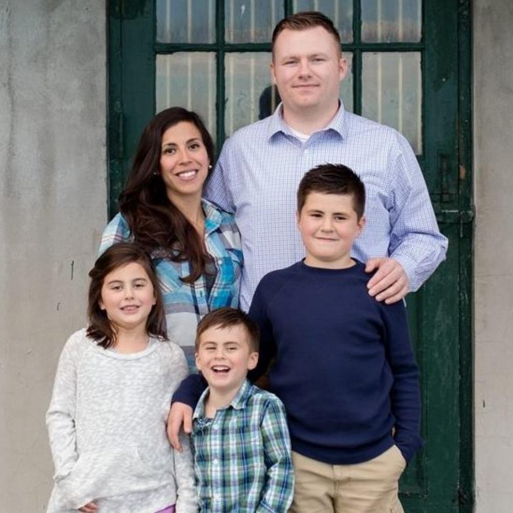 Pat family pic.jpg