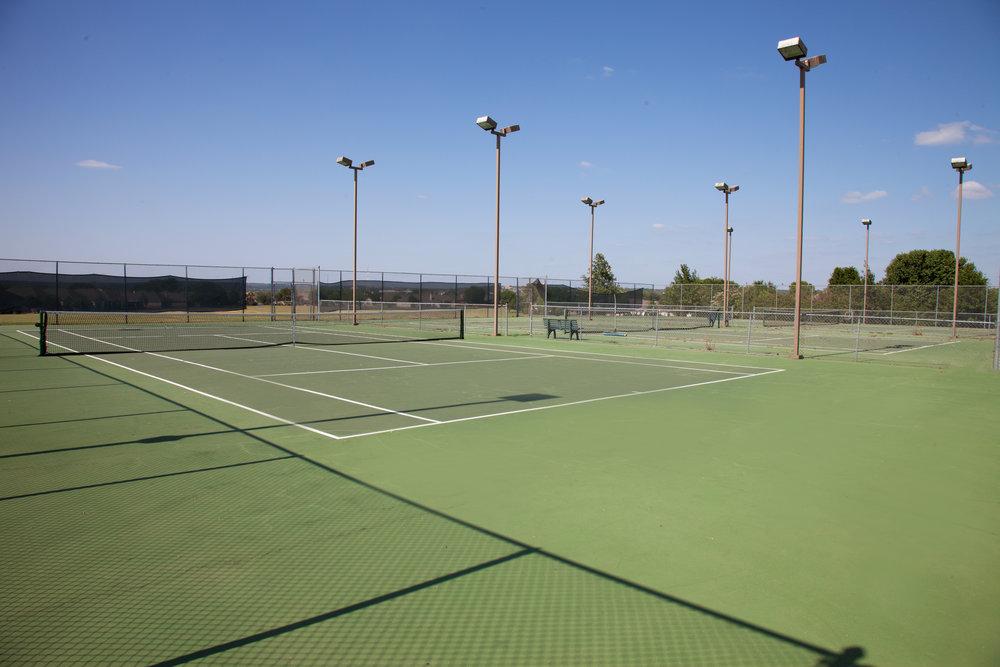 HIDDEN FALLS TENNIS COURTS.jpg