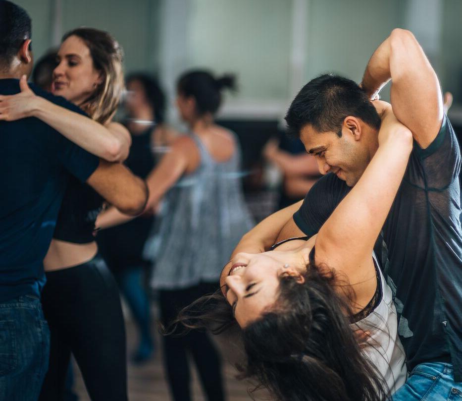 salsa dancing dating website