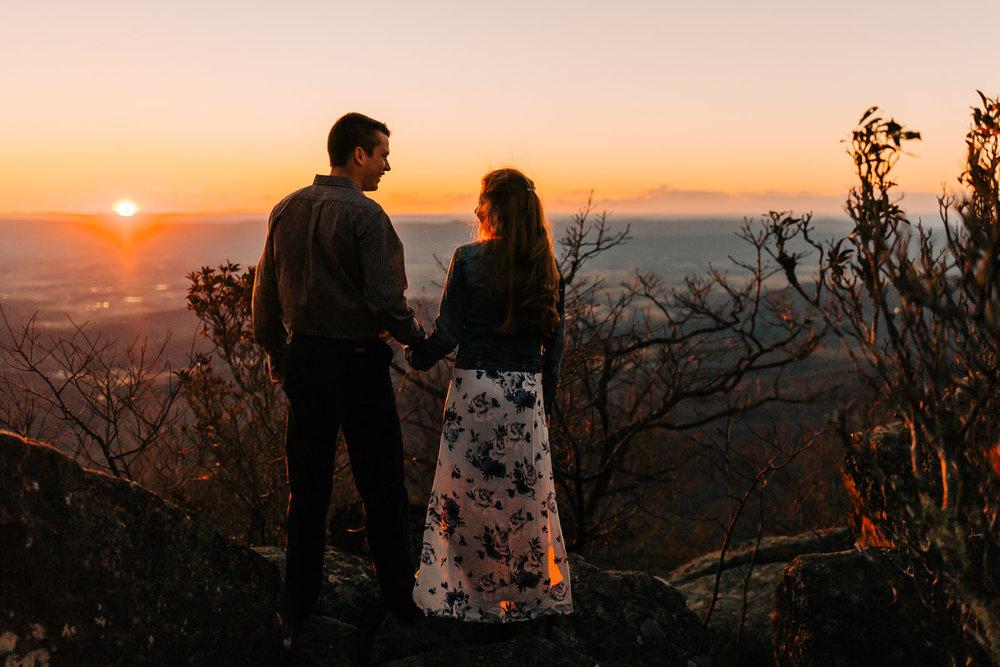 Shenandoah-National-Park-Engagement-Photography-48.jpg