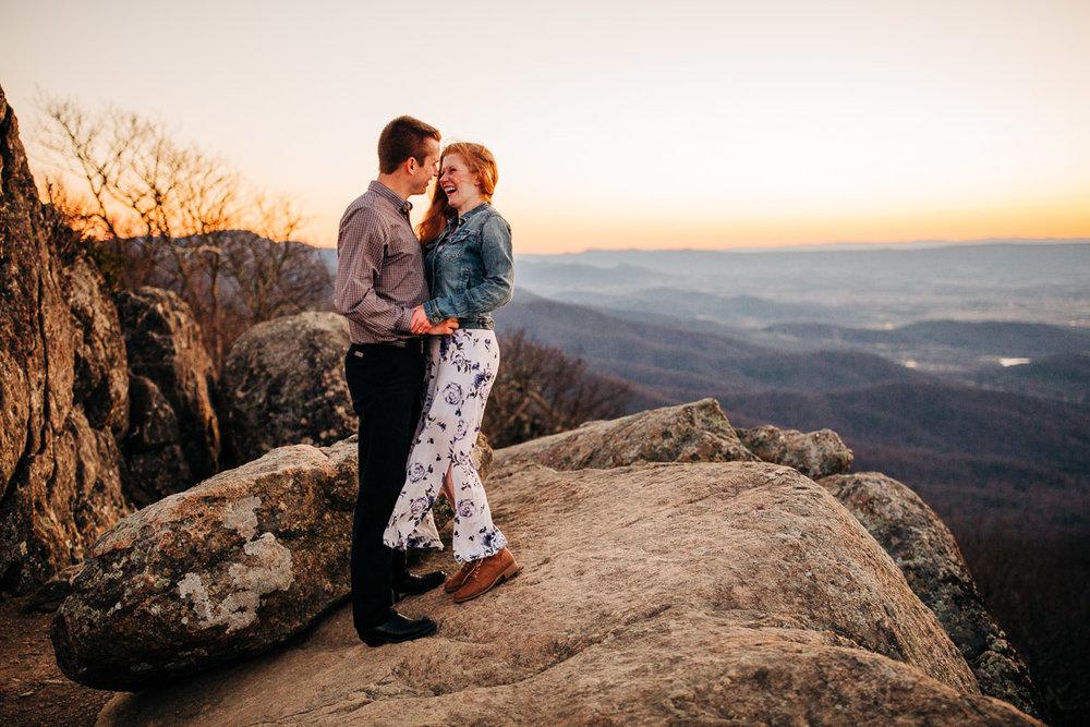 Shenandoah-National-Park-Engagement-Photography-65.jpg