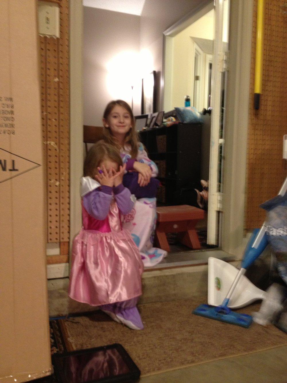 girls princess dress.jpg