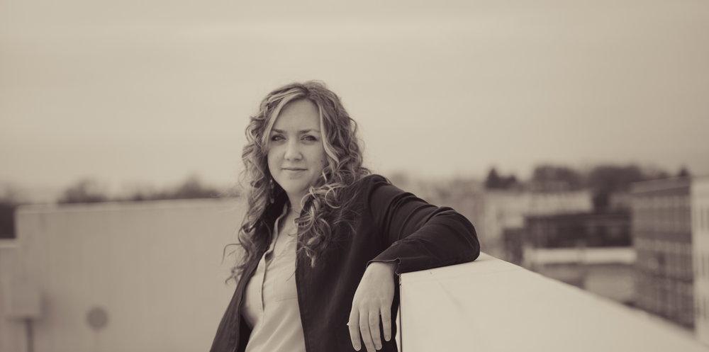 Amy Cox Photo Shoot Downtown Roanoke Parking Garage Lean.jpg