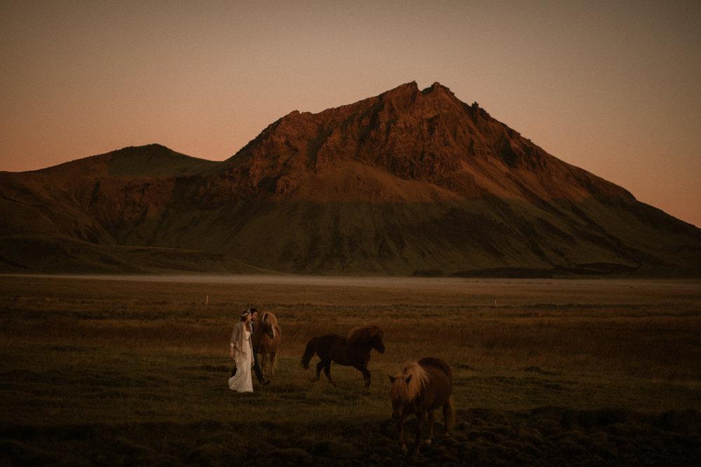 Romantic Iceland Elopement _ rafal bojar 083.jpg