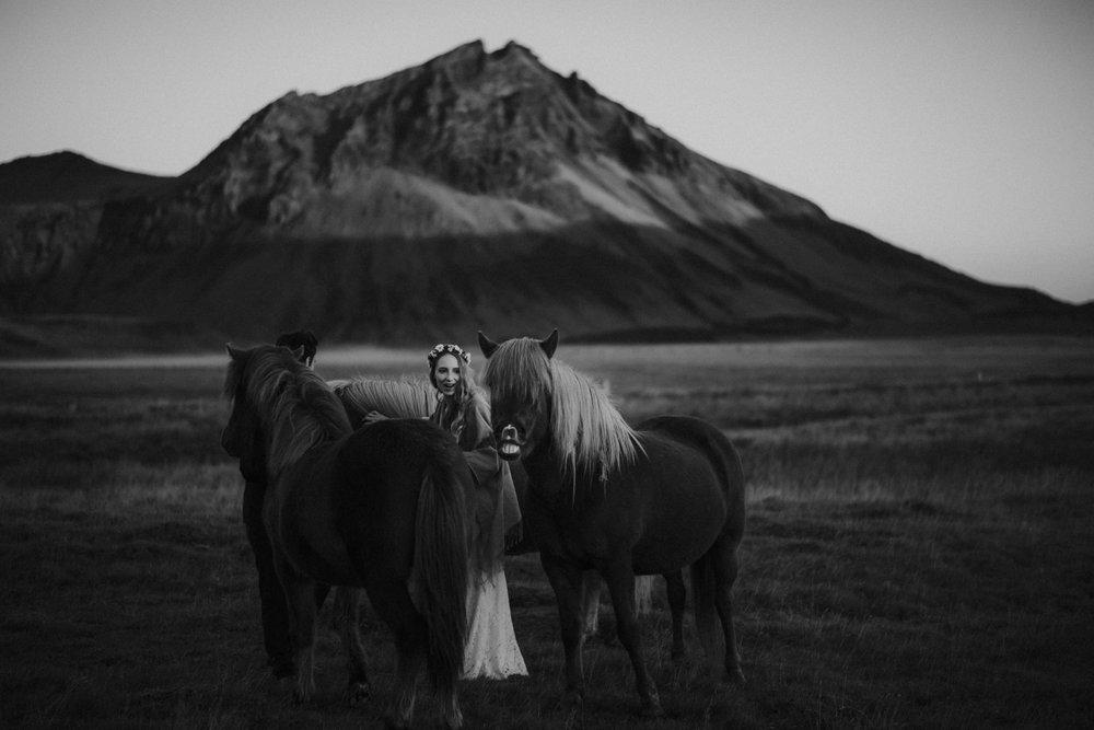 Romantic Iceland Elopement _ rafal bojar 086.jpg