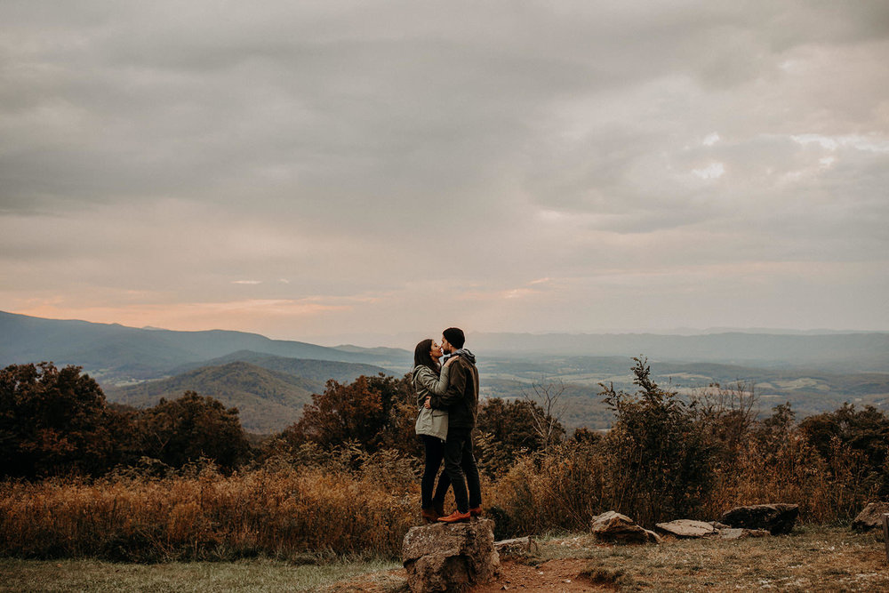 Cozy fall couple session in Shenandoah National Park, Virginia.