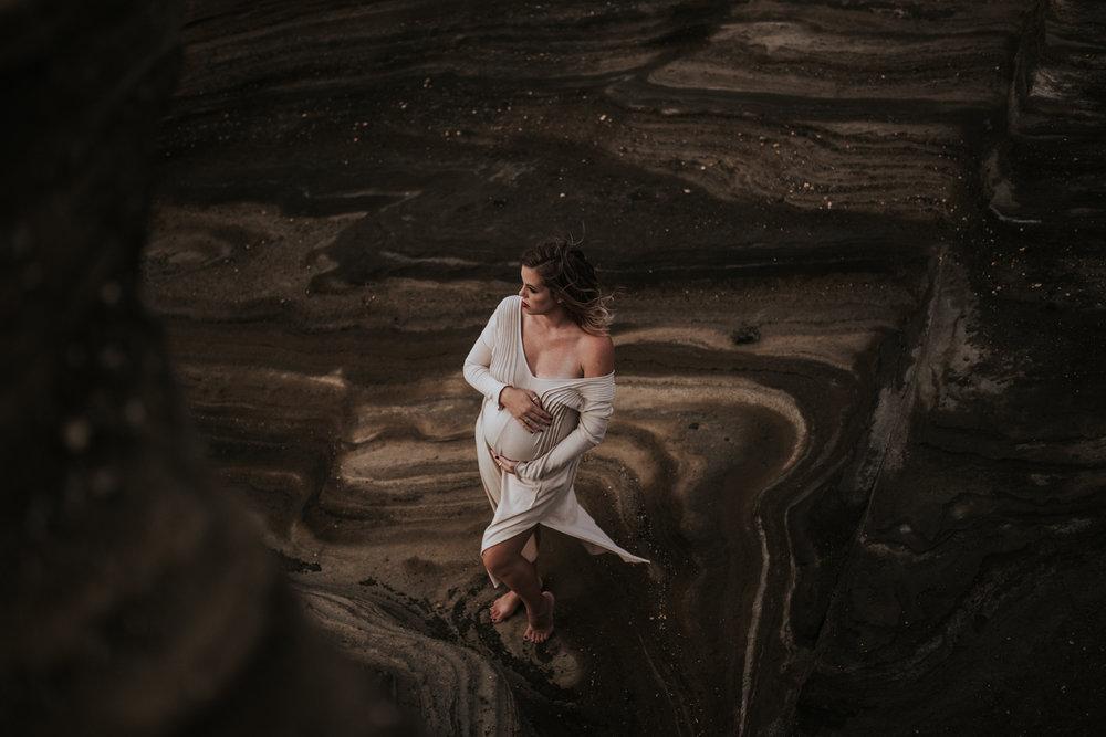 Oahu-Boudoir-Maternity-LH-1.jpg