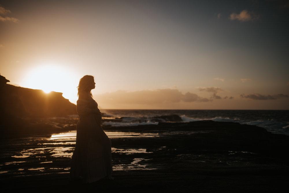 Oahu-Boudoir-Maternity-LH-7.jpg