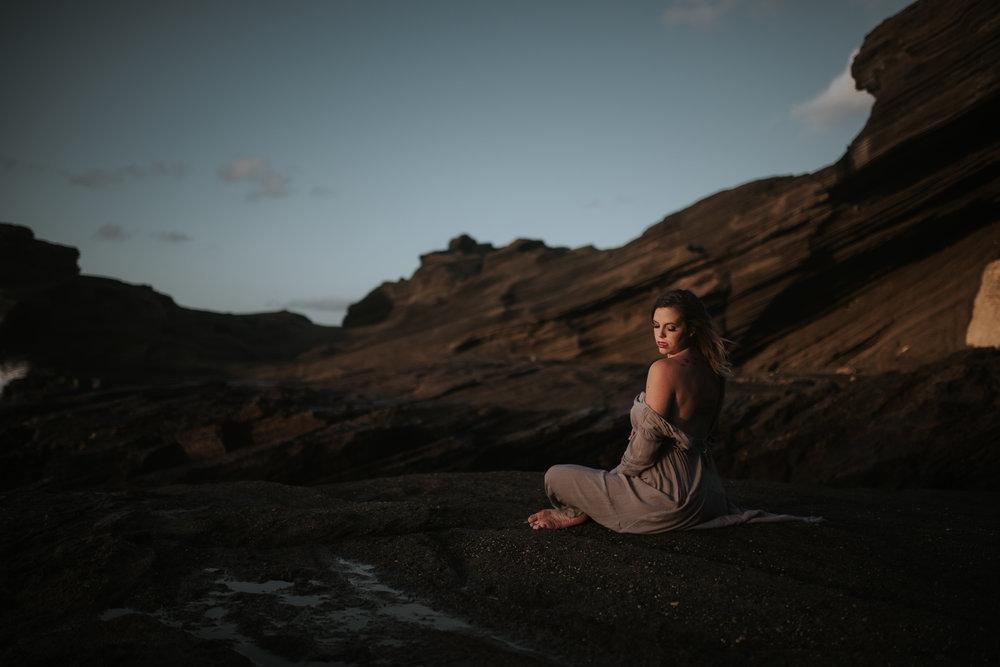 Oahu-Boudoir-Maternity-LH-8.jpg