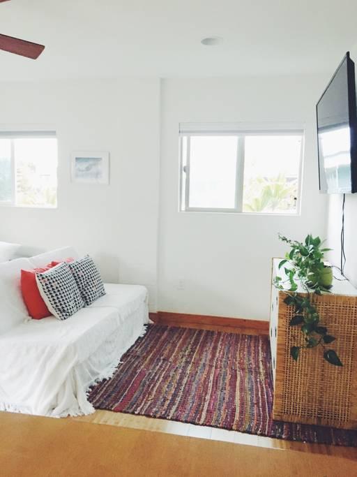 https://www.airbnb.com/rooms/17849763?s=51
