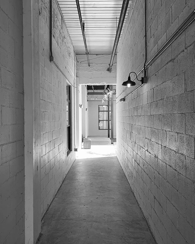 They say one door closes and another one opens but often forget to mention the long hallway in between . . #trusttheprocess #enjoythewalk #tunnelvision #lightattheendofthetunnel #blackandwhite