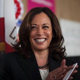 Senator Kamala Harris   SF Office : (415) 981-9369  DC Office : (202) 224-3553  Sacramento Office : (916) 448-2787  LA Office : (213) 894-5000  San Diego Office : (619) 239-3884