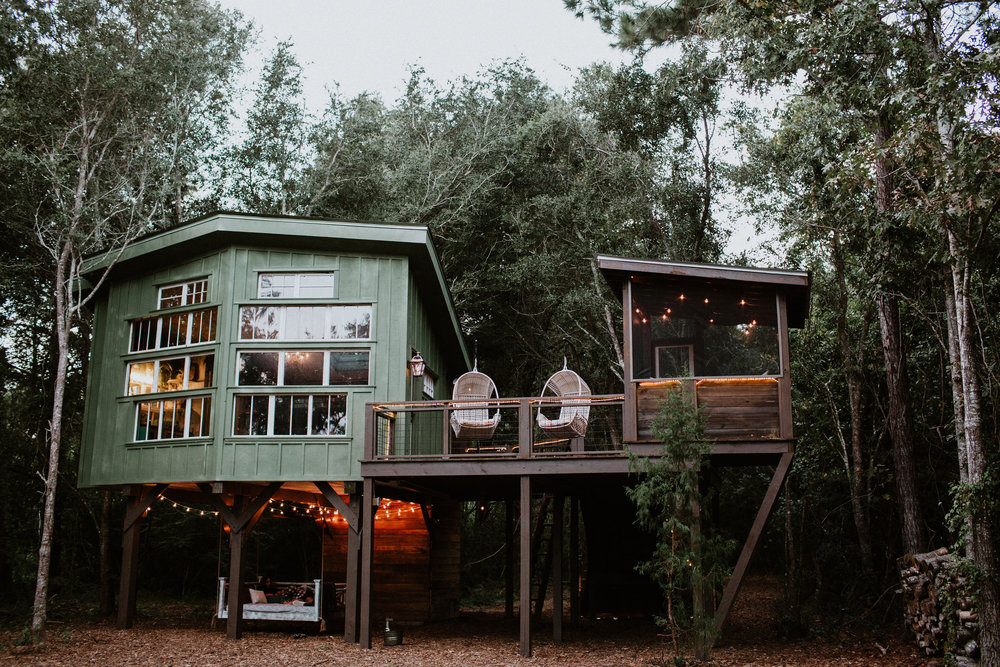 Copy of THE LIVING ROOM TREEHOUSE