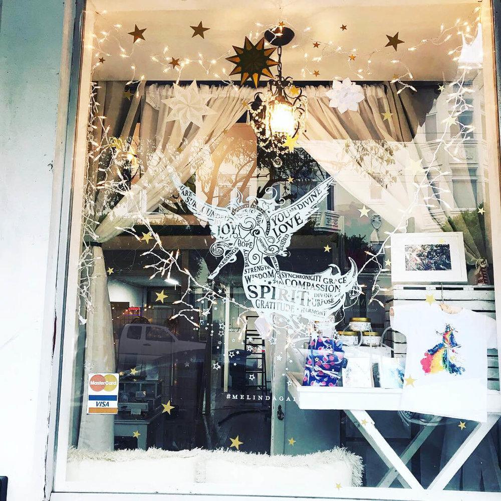 store_exterior_stars.jpg