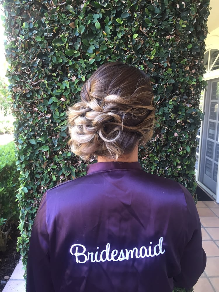 Bridesmaid Hair Side Pinned Curls.jpg